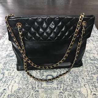 Chanel Jumbo Quilted Chain