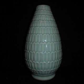 龍泉青瓷上垟老瓷廠青瓷研究所 絕版收藏柴燒精品 粉青釉蓮瓣瓶