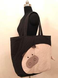 實用布包Handmade piggy big black bag. Second hand