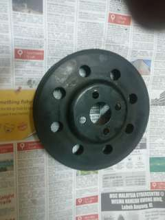 Suzuki Swift stock waterpump pulley