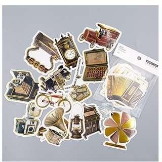 🚚 復古物件 燙金大貼紙包  古老時鐘、煤油燈、喇叭音響、留聲機、打字機、馬車、照相機、腳踏車、老爺車、算盤