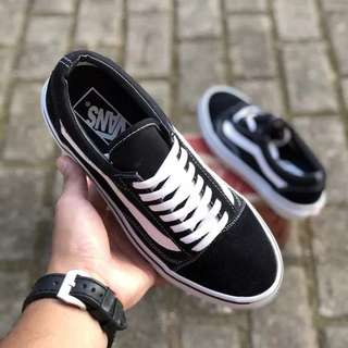 Sepatu vans old skool classic Black White BNIB ORIGINAL