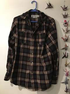 MOVING SALE: Cozy flannel shirt