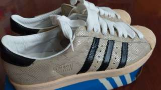 Adidas Superstar Vintage 絕版經典白蛇 size US 10.5, 99%new