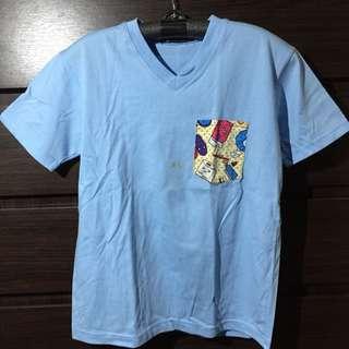 Blue tshirt with pocket