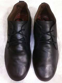 Sepatu grutty size 42