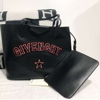 Givency Tote