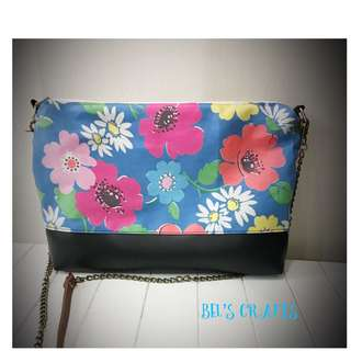 Floral casual sling