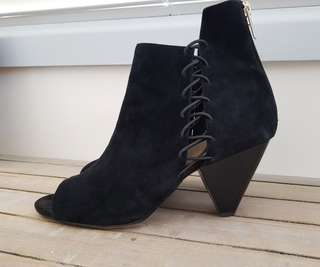 Arturo Chiang Suede Leather Lace up Booties - Size EU 38.5/8