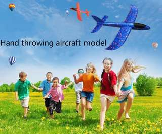 pHand throwing aircraft, foam aircraft, gyrant toy aircraft, throwing gliders.