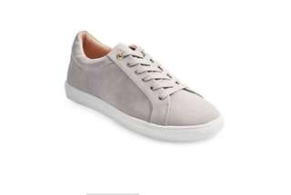 TOPSHOP Cookie Lace-Up Sneakers Size 10