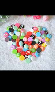 🚚 M&M resin charms