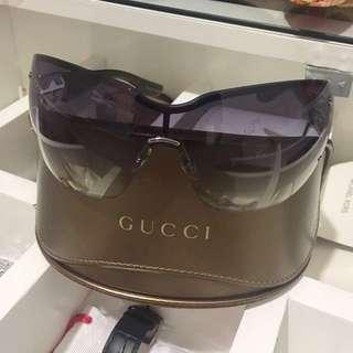 Gucci sunglasses authentic 70%off , 1x pakai foto