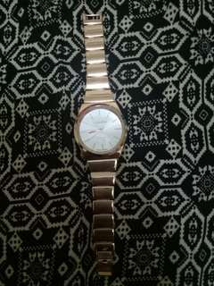 Rose gold (not authentic, not class A, not replica)