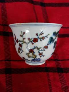 Ming dynasty Chen Hua mark thin shelf cup decorated with bamboo pine n plumb flowers .大明成化年制斗彩小杯。