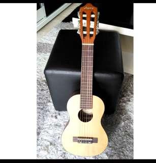 Guitarlele - travel guitar