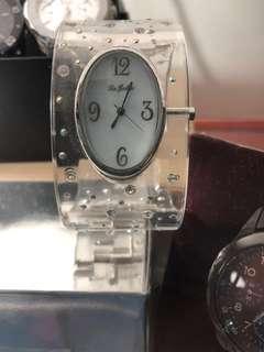 日本 ( 手鈪 錶 ) 罕有、襯衫又實用