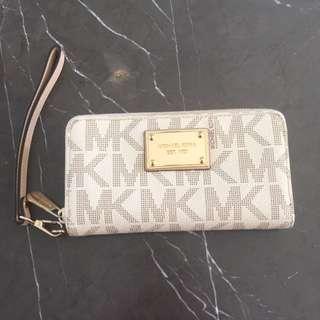 [Michael Kors] Beige Wallet Clutch With Handle