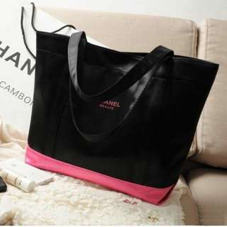 🔥SALE🔥 CHANEL BEAUTE Instock! Color Blocker Shoulder Tote Bag (Black & Pink) ASC393 + FREE Post!