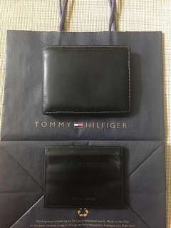 Authentic Tommy Hilfiger Black Bifold Leather Wallet with Detachable Card Holder