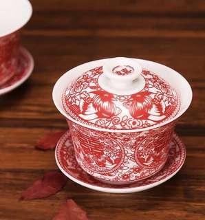 🚚 Exquisite Wedding tea cups