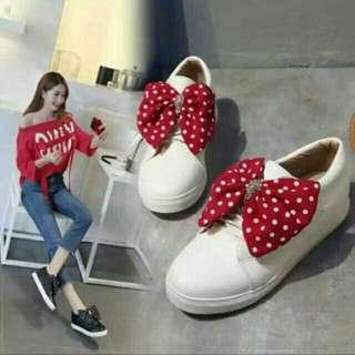 Sepatu pitA DW02