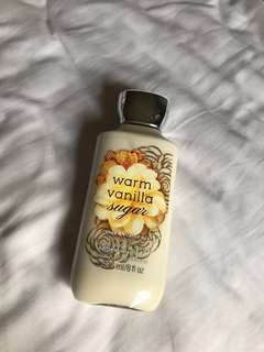 Bath & Body Works: Warm Vanilla Sugar Body Lotion 236ml