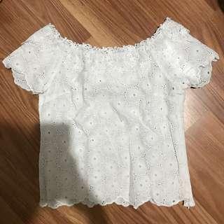 [Makassar] white sabrine top