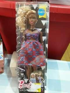 Barbie Fashionistas Zag Curvy