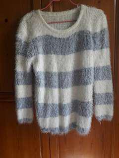 藍白橫條毛毛衣~可換物
