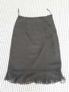 Skirt hitam Exit