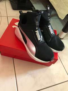 Puma Shoes original