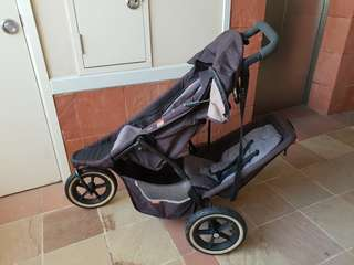 Dash Double stroller with optional Maxi Cosi baby car seat