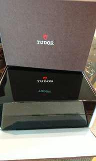 Tudor Black Bay