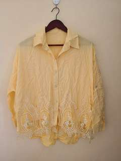 BNEW PLUS SIZE YELLOW BLOUSE XL TO 2XL