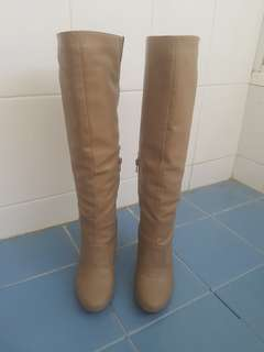 Novo knee high boots