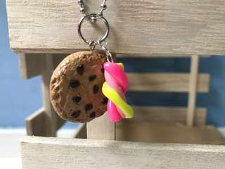 Cookies and marshmallow keychain