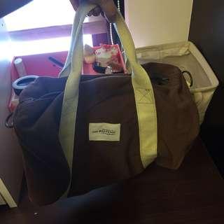 🚚 小行李袋