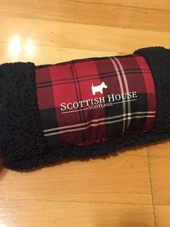 🚚 SCOTTISH HOUSE 暖手抱枕