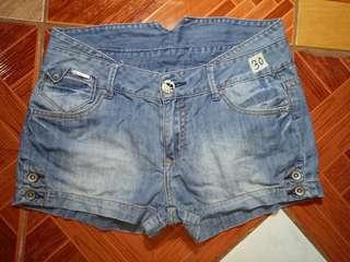 Hipster shorts