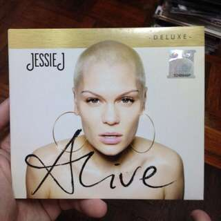 CD: Jessie J-Alive Deluxe Edition