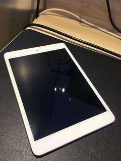 Apple iPad Mini 1 WiFi 16GB (white) #104