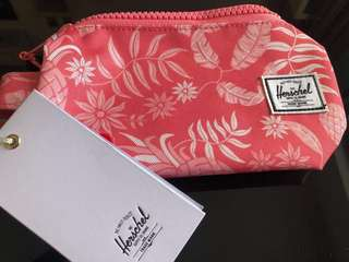 🚚 Herschel summer pencilbox