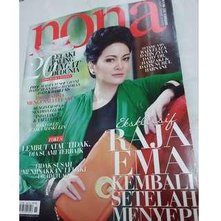 Majalah Nona Nov 2012 - cover Raja Ema