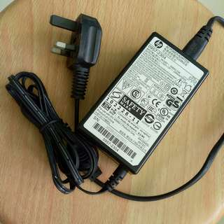 32watt HP CHARGER Power Adapter