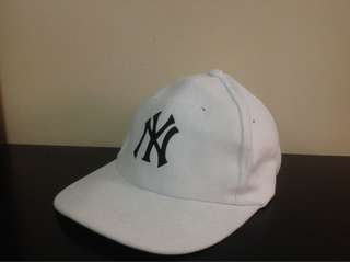 Yankees Baseball Cap (White)