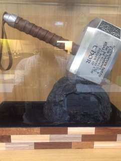 Thor Hammer Mjolnir with Display Case 1:1