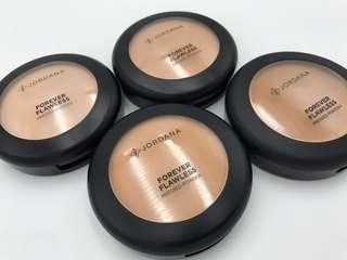 A skin perfecting pressed powder.
