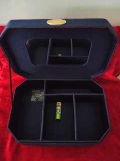 絕對正版 ◆ Christian Dior 首飾化妝品收納盒 ☆手提式