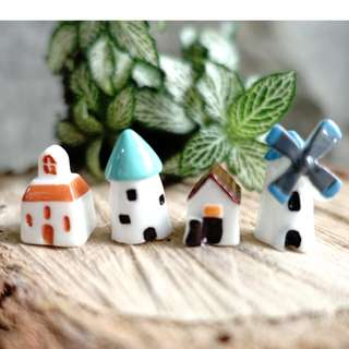 🚚 [Instock] Terrarium figurine little house